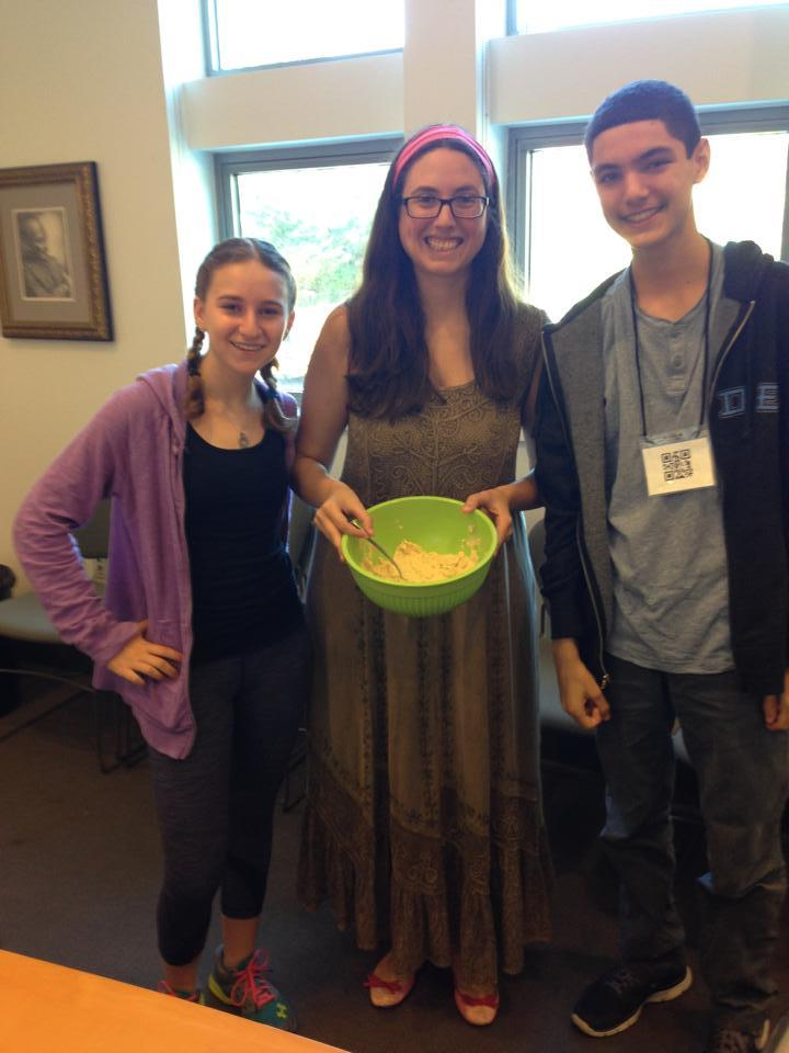 Etrog Taxonomy, Honey Bees, and Hummus-Making: Just Another Sunday At Prozdor