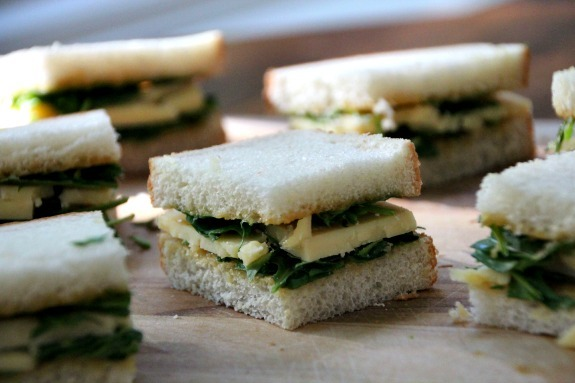 Chosen Eats: Cheddar Sandwiches with Spicy Mustard and Arugula