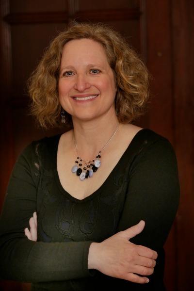 Four Questions with Journalist Linda K. Wertheimer